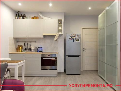 Косметический ремонт маленькой студии с кухней и комнатой