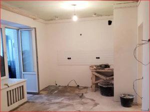 Начало отделки кухни, ровные стены и клеим фартук